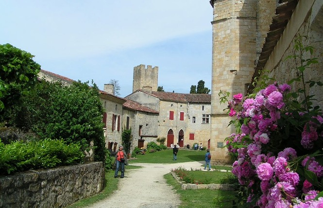 VISITES GUIDÉES DU VILLAGE FORTIFIÉ DE LARRESSINGLE 5 - Larressingle