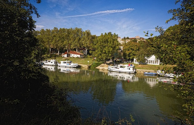 LOCABOAT HOLIDAYS 1 - Valence-sur-Baïse