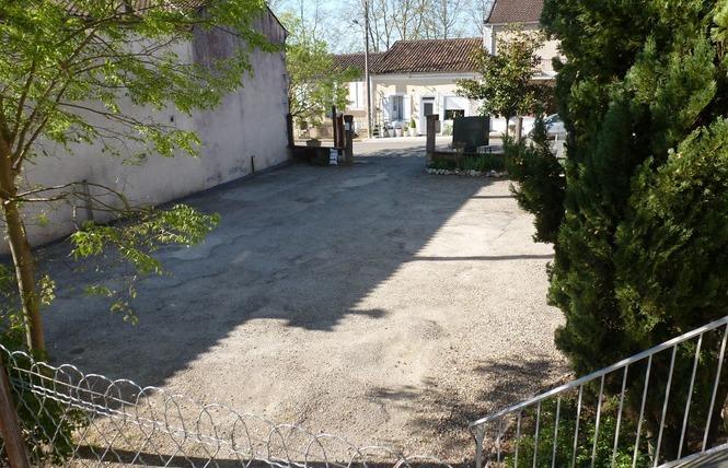 AIRE COMMUNALE GRANDE RUE 2 - Saint-Puy