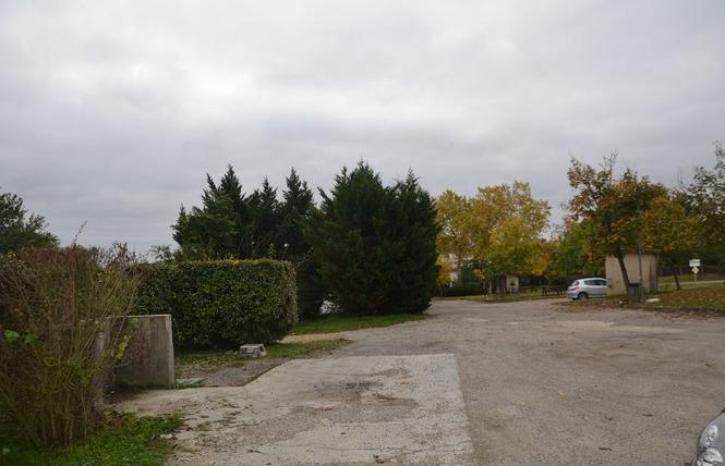 AIRE COMMUNALE - VALENCE SUR BAÏSE 2 - Valence-sur-Baïse