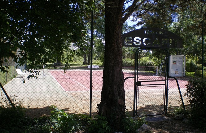 TENNIS MUNICIPAL 1 - Fourcès