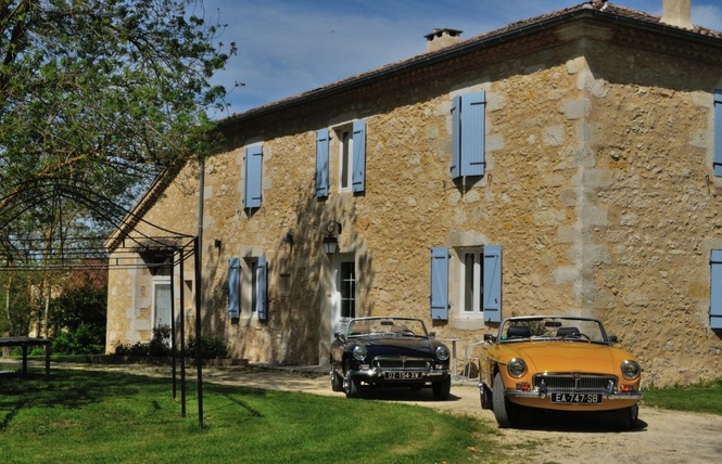 CLASSIC CARS IN GERS (CHAMBRE MG) - SAINT-PUY 9 - Saint-Puy